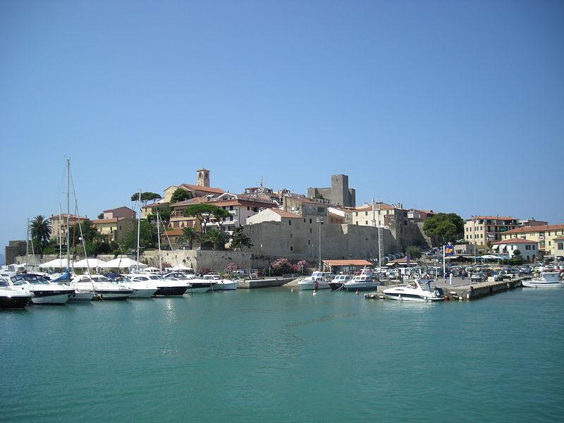 Borgo storico di Talamone